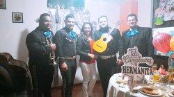 mariachi-los-diamantes-de-quito-0069_grid.jpg